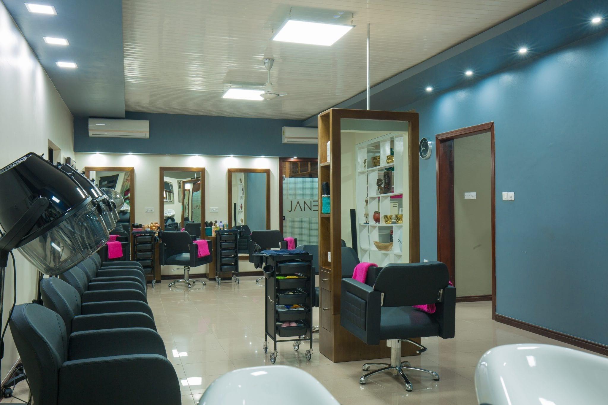 Jane m salon and spa look beautiful feel elegant for Looks salon and spa