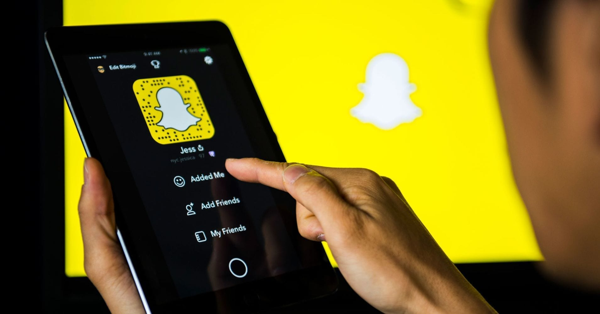 Snapchat to rollout new feature that let public posts longer lasting or even permanent – like Instagram stories – and reveal identities