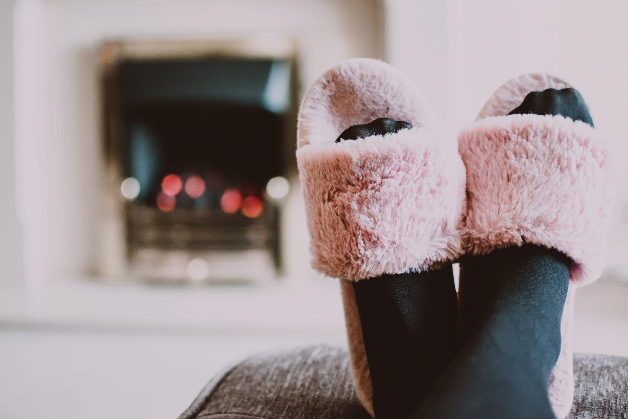 Wearing slippers leads to better health – Here's how!