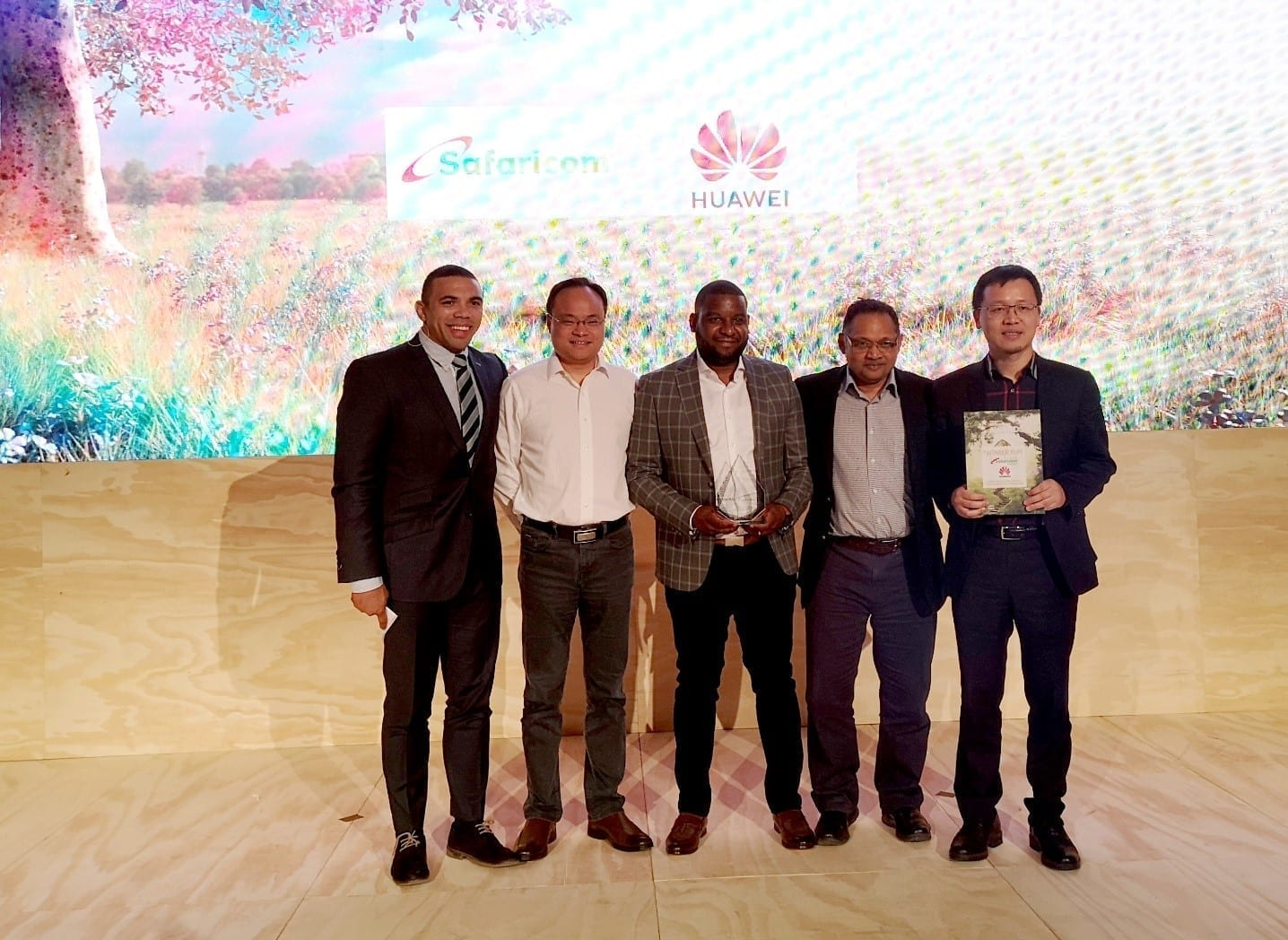 """Huawei receives """"Most Innovative Service"""" award at AfricaCom 2019 in Cape Town"""