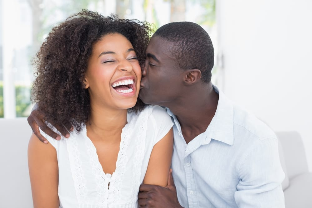5 romantic words your husband needs to hear from you every morning