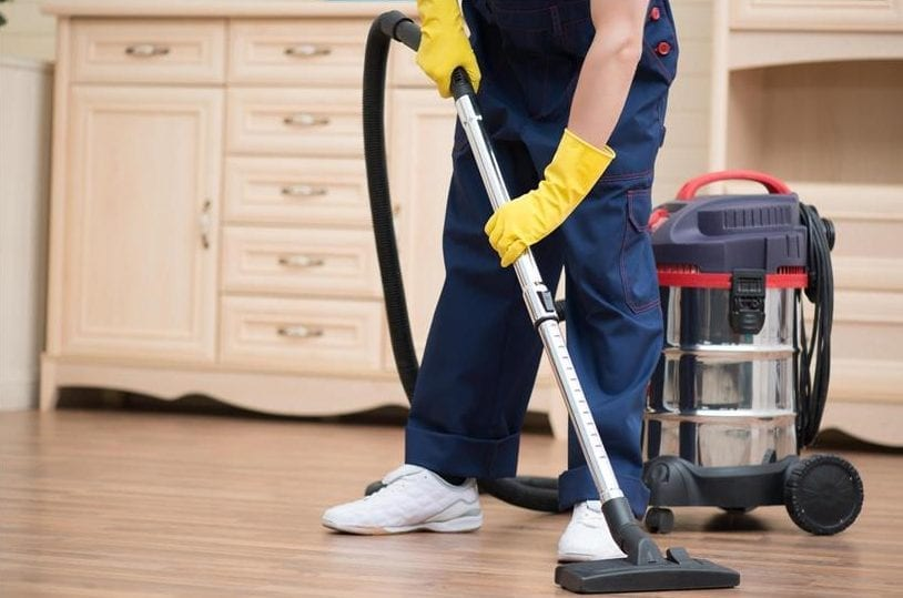 5 reasons you should hire professional floor cleaners