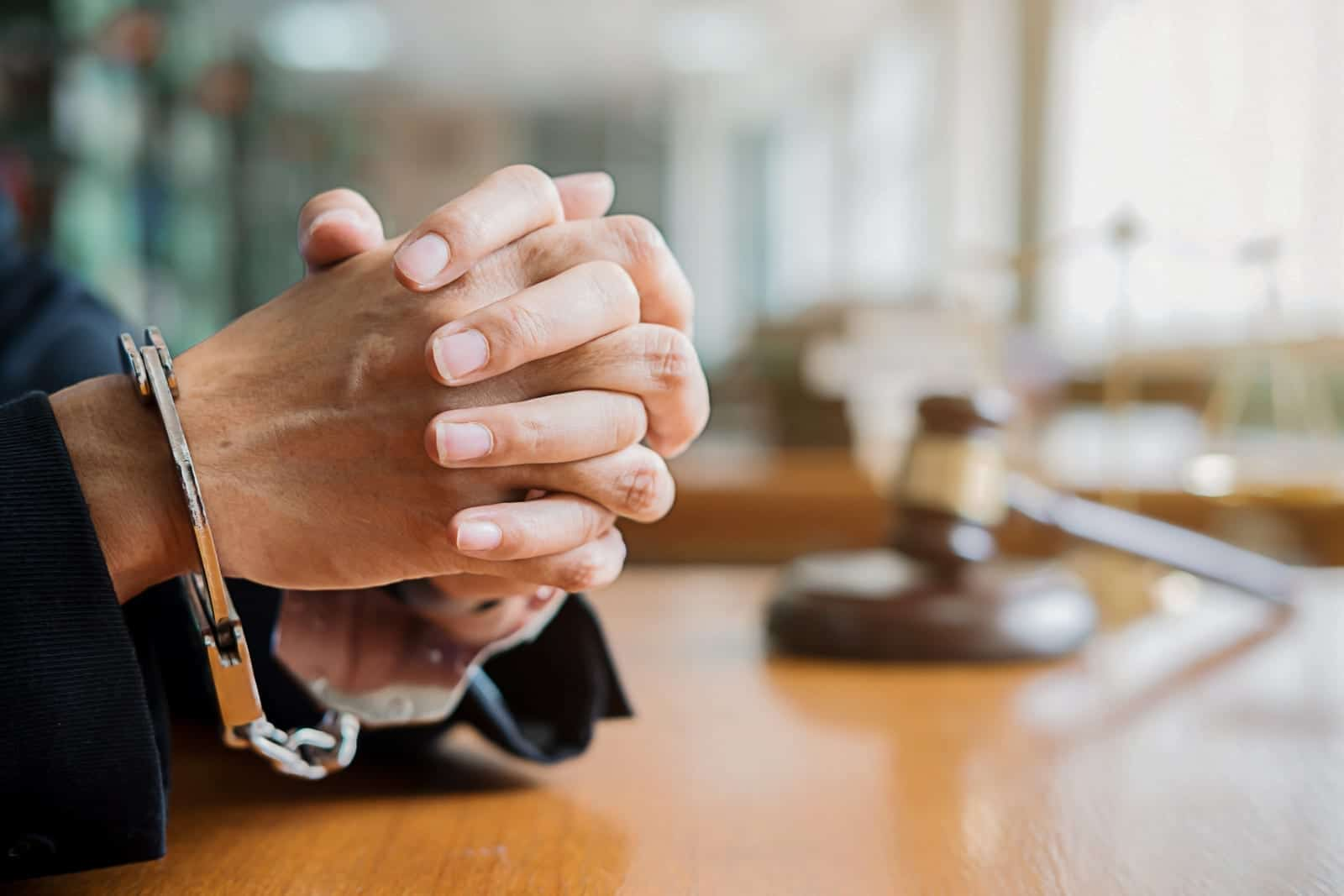 Why you need to hire a criminal lawyer?
