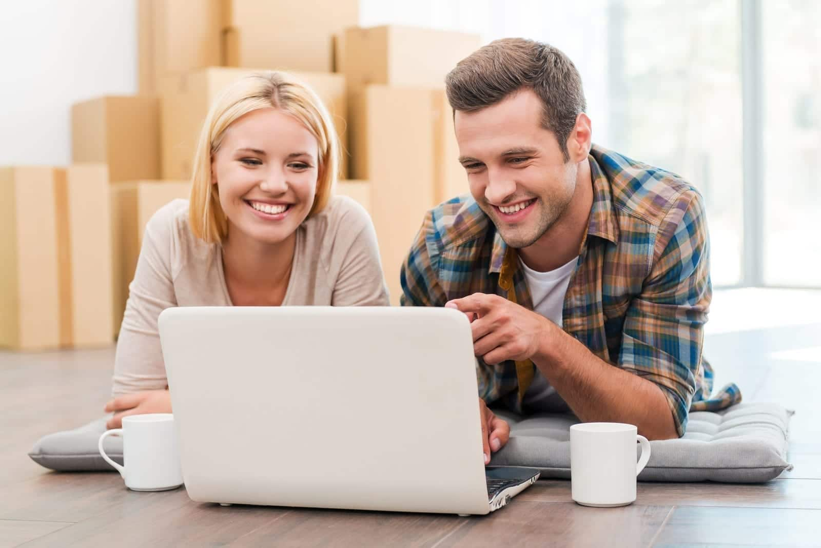 finding a mover online