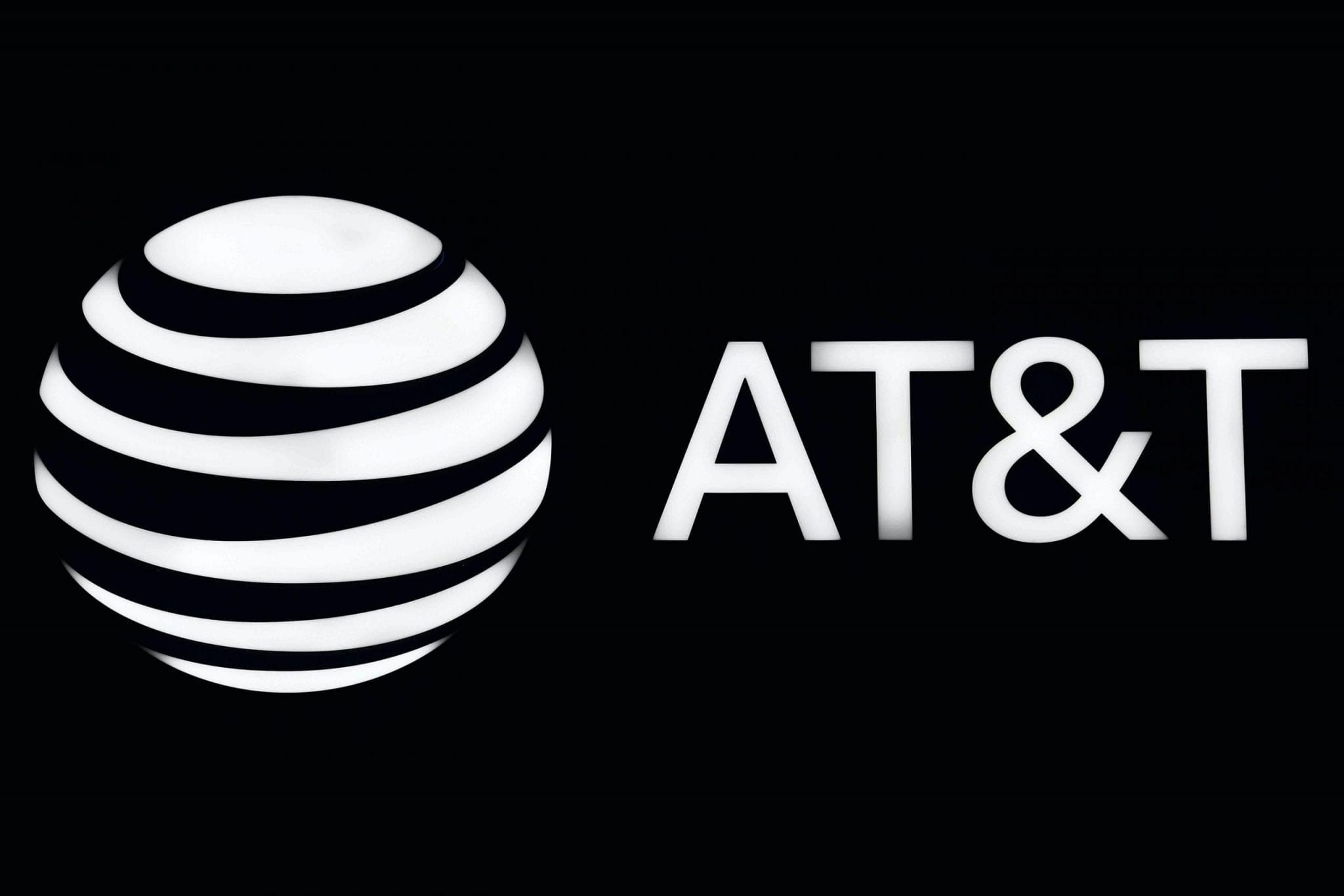 Why AT&T has no choice but to sack its workers and shut down some of its stores