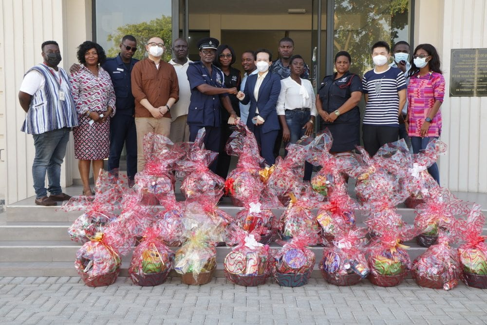 Huawei donates to Cantonment Divisional Police