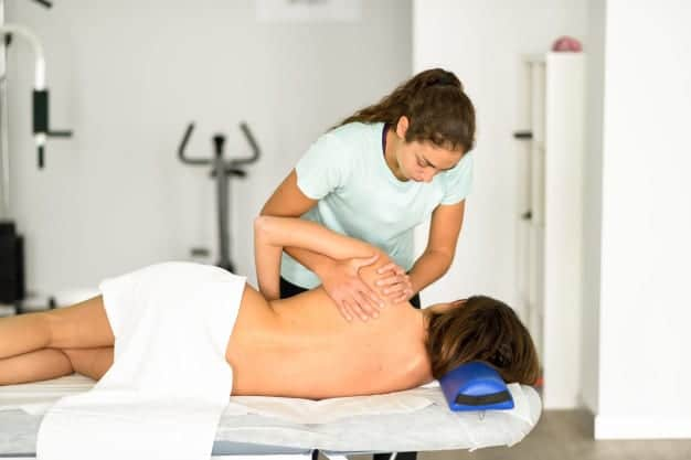 Top reasons why Chiropractic Care can be a good option for chronic pain management